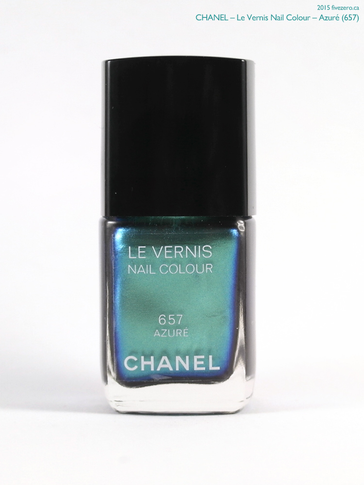 Chanel Le Vernis Nail Colour in Azuré