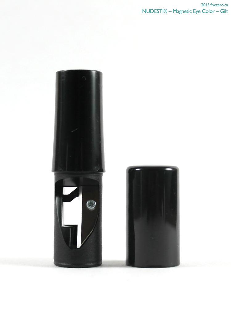 Nudestix Magnetic Eye Color, sharpener