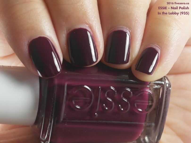 Essie Nail Polish in In the Lobby, swatch