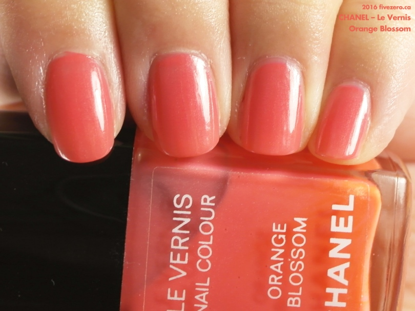Chanel Le Vernis Nail Colour in Orange Blossom, swatch