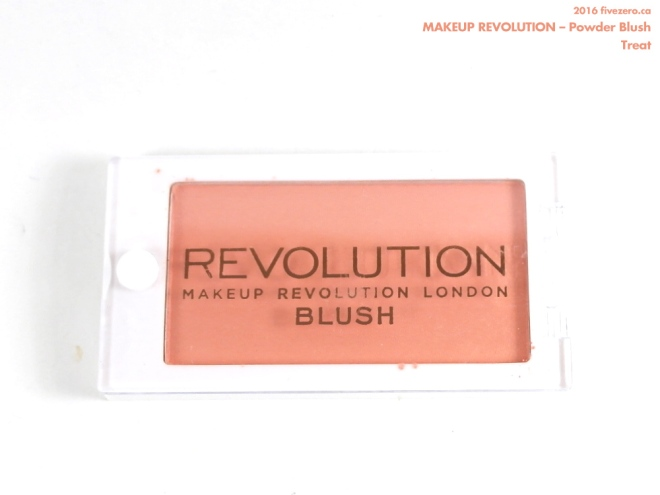 Makeup Revolution Powder Blush in Treat