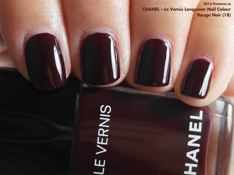 Chanel Le Vernis Longwear Nail Colour in Rouge Noir, swatch