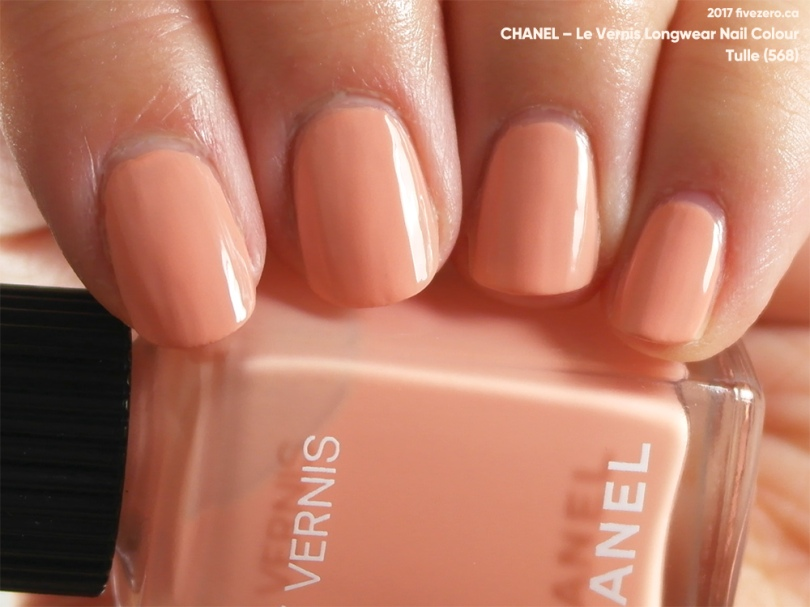 Chanel Le Vernis Longwear Nail Colour in Tulle, swatch