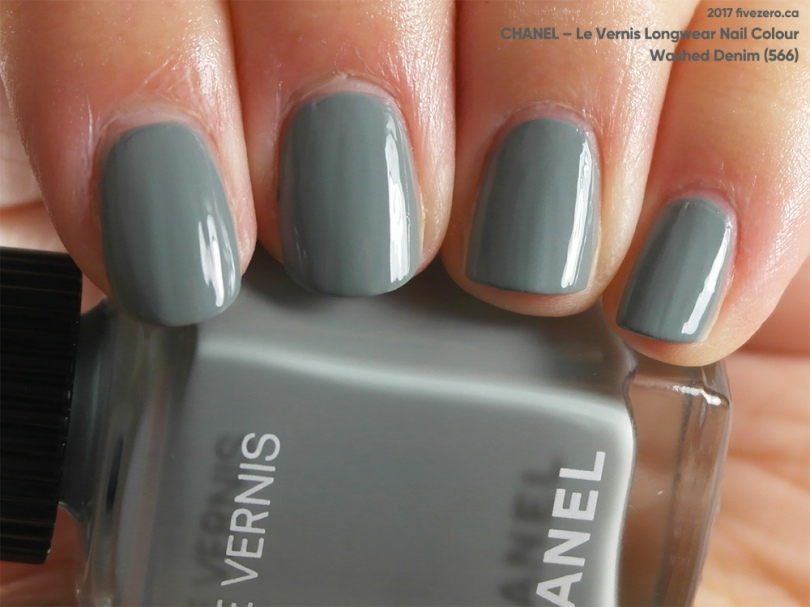 Chanel, Le Vernis Longwear in Washed Denim, swatch