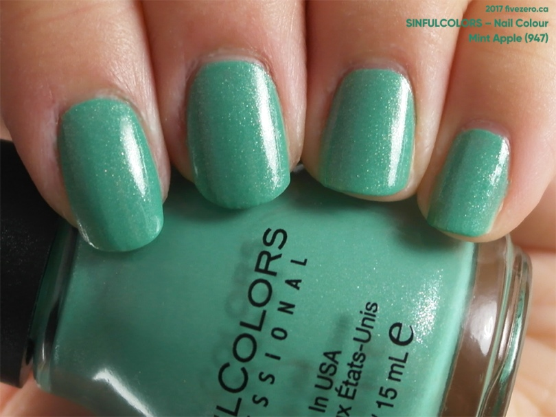 SinfulColors Nail Colour in Mint Apple, swatch