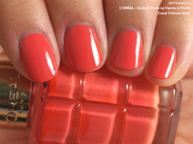 L'Oréal Colour Riche Le Vernis à l'Huile in Coral Trianon, swatch